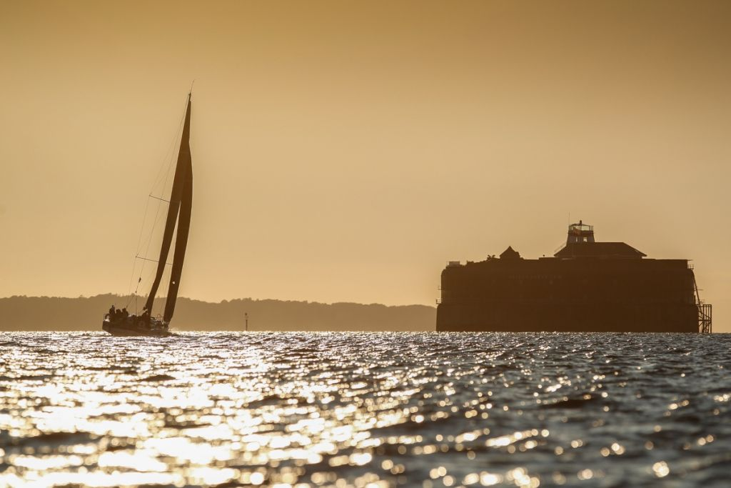 Giles Redpath's Lombard 46 makes her way up the Solent, passing the historic No Man's Land Fort en route to the finish © Paul Wyeth/RORC