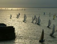 Yachts exiting the Solent in the 2006 Edition of the Race